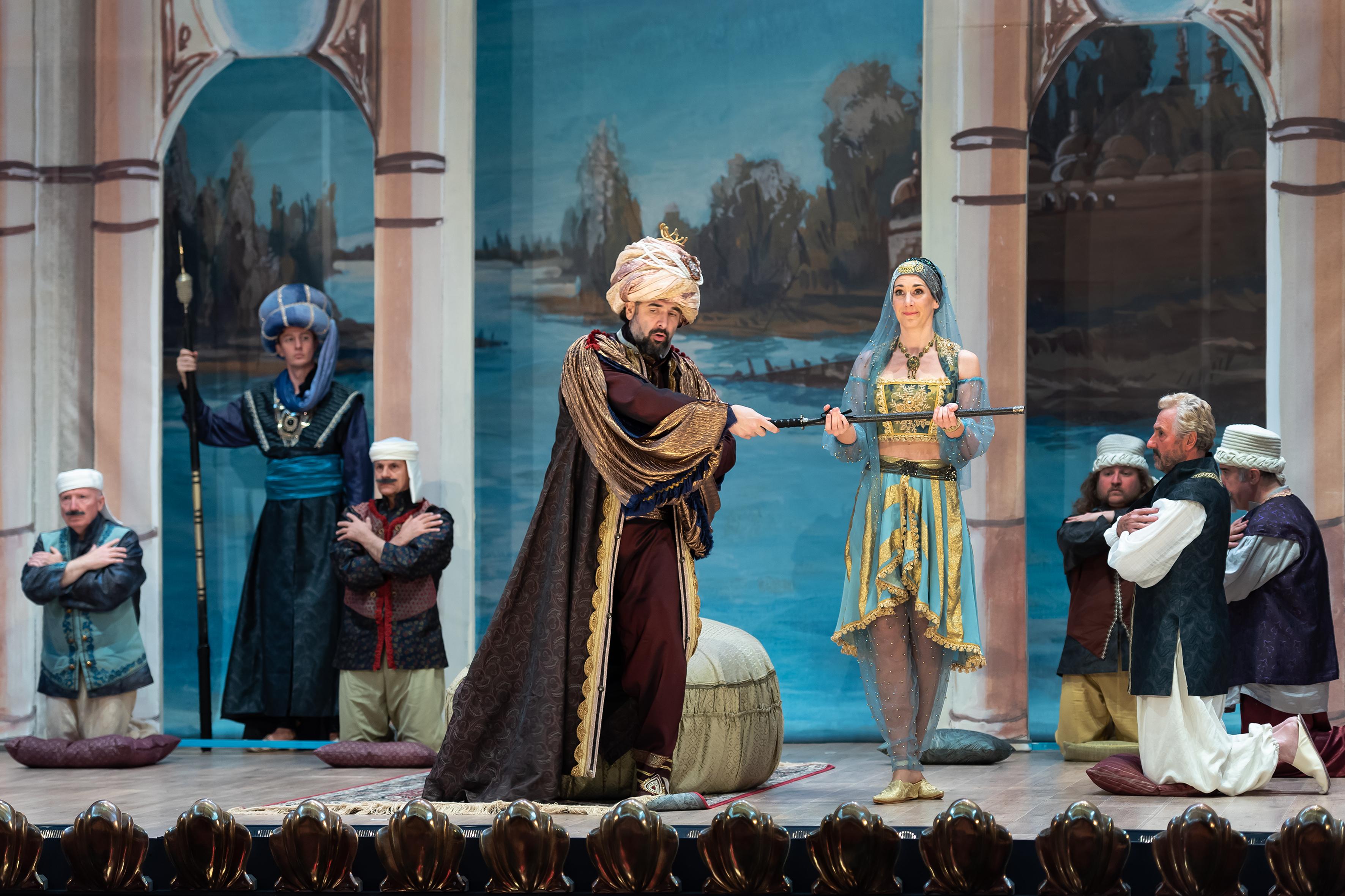 Camilla Bull, mezzo soprano, Isabella, Rossini L'Italiana in Algeri Hilaire Smits, Zomeropera Alden Biesen